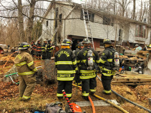 Engine & Rescue Operate on South Canaan Twp Structure Fire